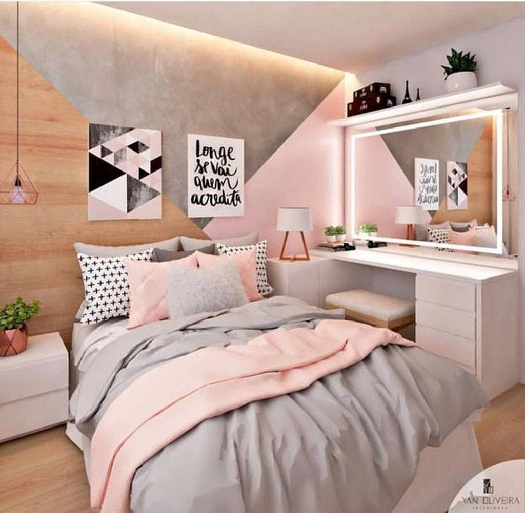 Pink Bedroom Decor You Can Try On Your Own 49