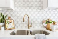 Affordable Kitchen Backsplash Decor Ideas 46