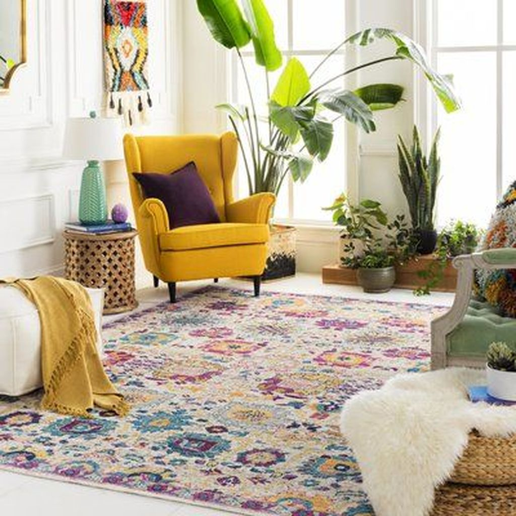 Amazing Floral Living Room Decor Ideas That You Will Love 30