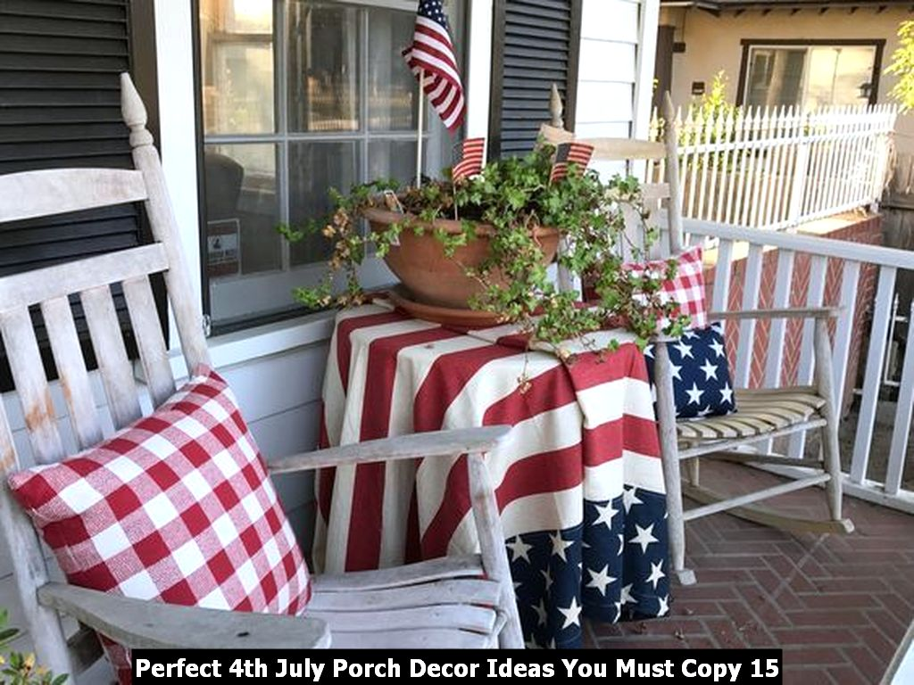 Perfect 4th July Porch Decor Ideas You Must Copy 15