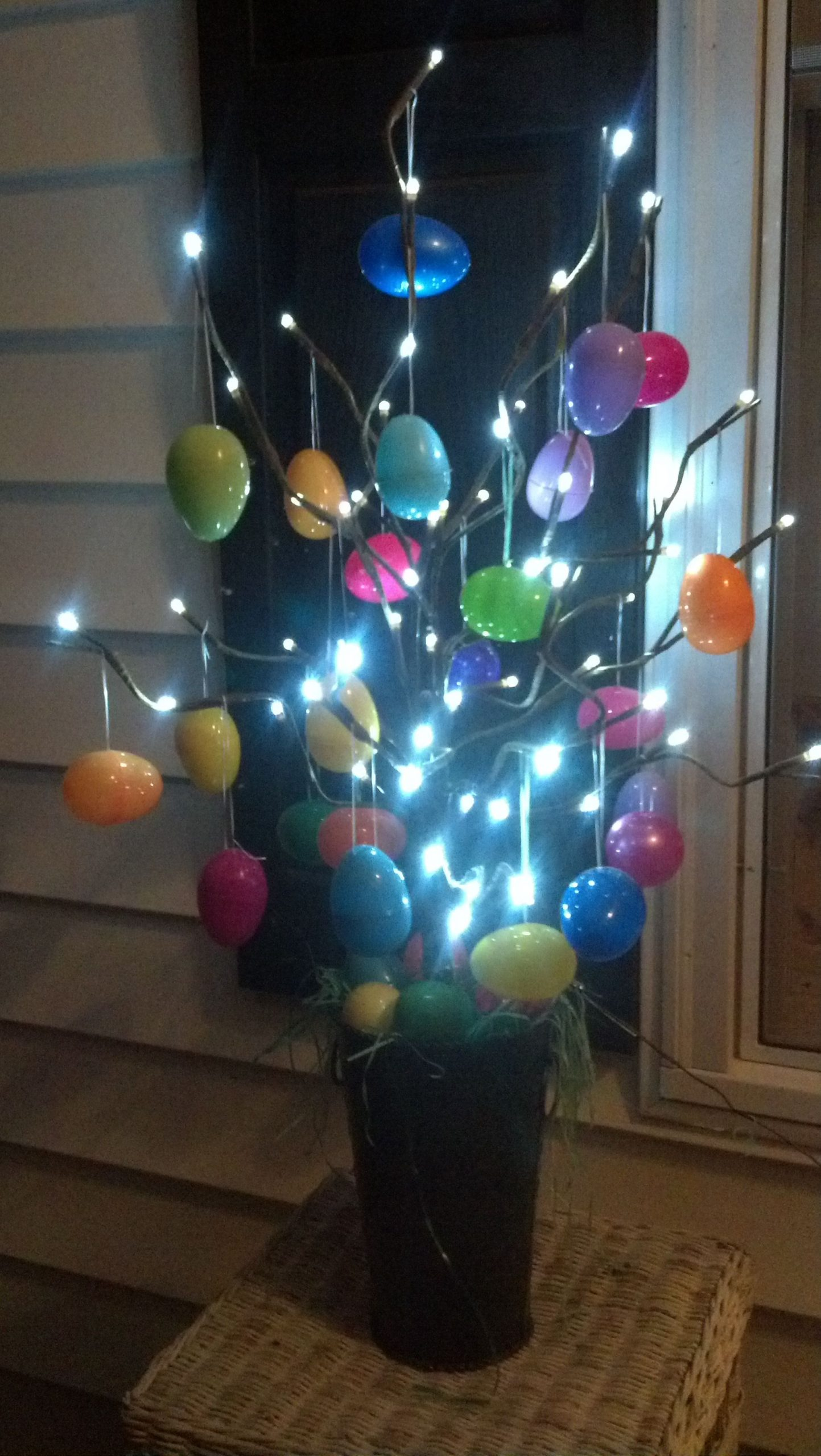 Light Up Easter Decorations