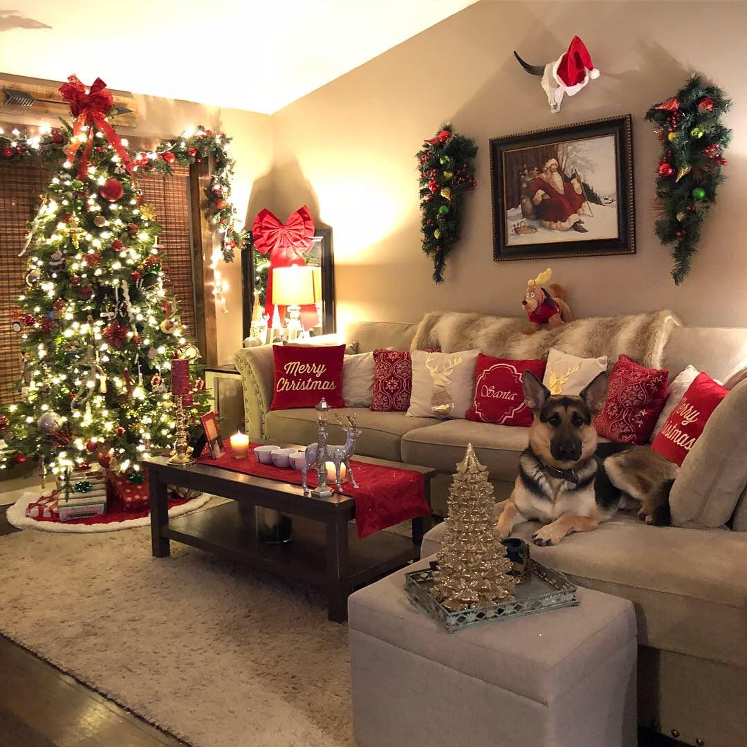 Apartment Christmas Decor