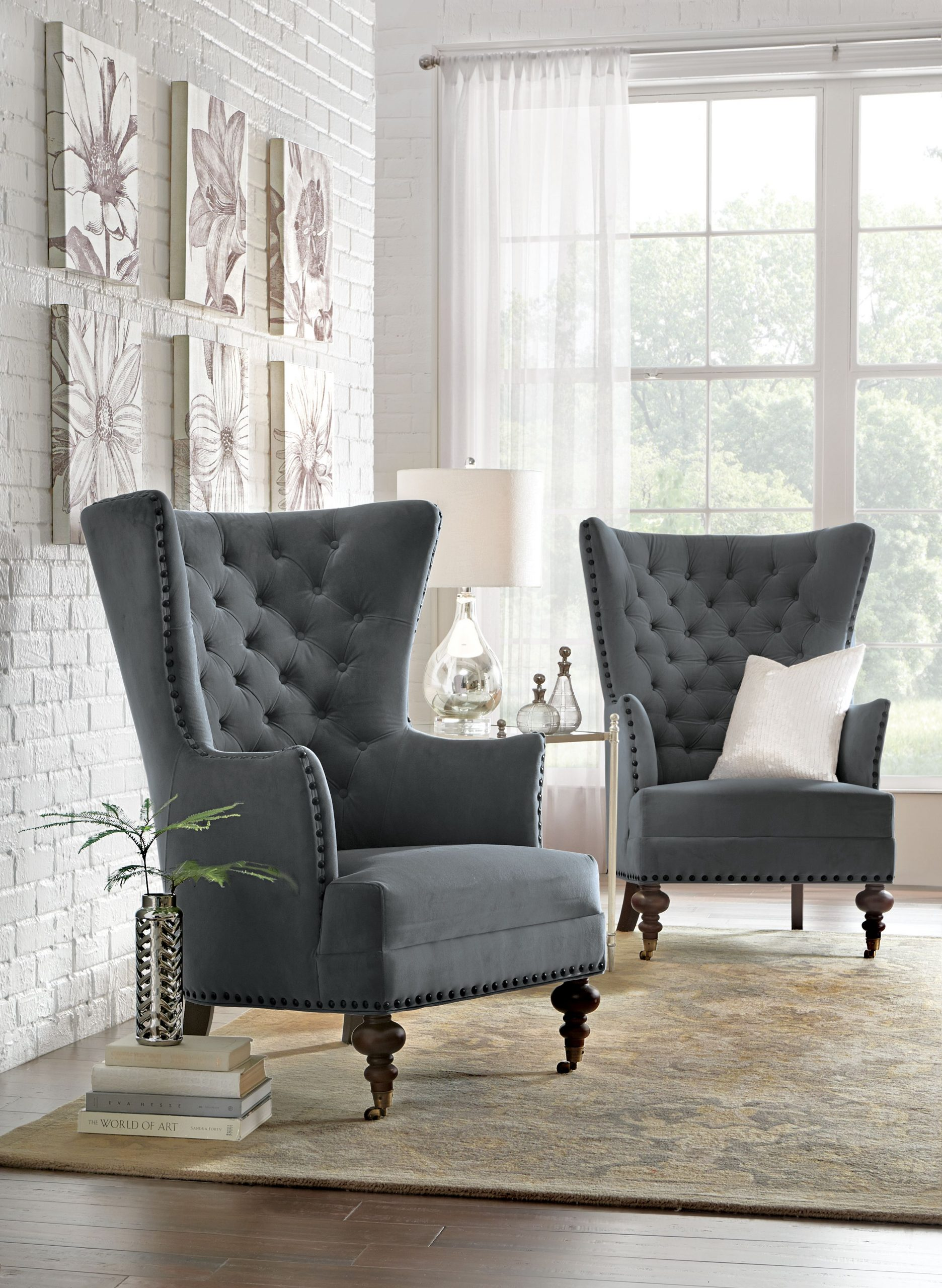 Living Room Arm Chairs